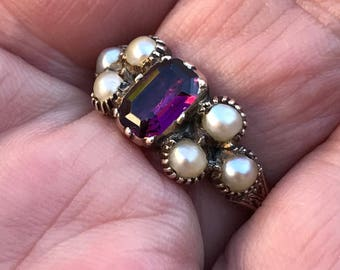 Antique early Victorian garnet and pearl ring from about 1845