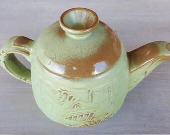 Vintage Frankoma 7T prairie green Mayan aztec teapot