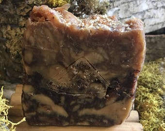Handmade Rustic Soap – Honey, Oats and Almond
