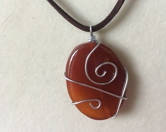 Red Oval Wire-wrapped Necklace