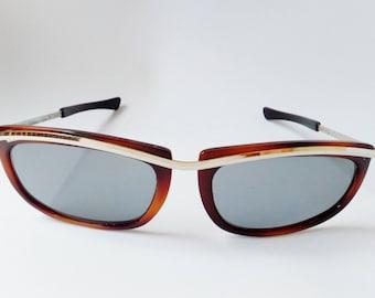 Osma vintage 90s Italian Sunglasses// Dark Brown Lenses