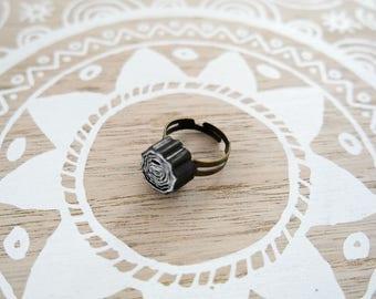 """""""Ajala"""" black Adjustable ring"""