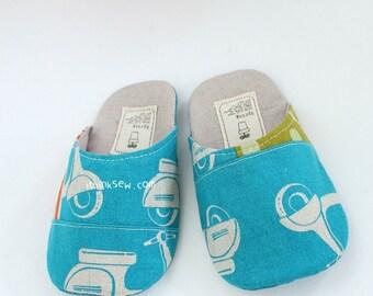 159 Dani Toddler Slippers PDF Pattern