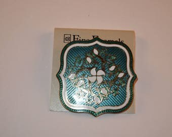 Vintage signed fine enamel pin brooch teal blue ,gold and white very pretty