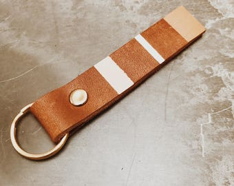 Nina Geometric Leather Keychain