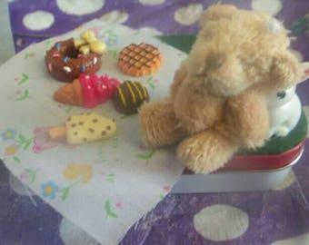 Teeny Teddy Bears Picnic