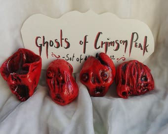 Ghosts of Crimson Peak - Doll Charm Brooch Set