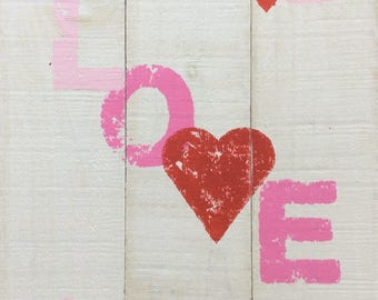 Love Sign, Barnwood Signs, Rustic Decor, Rustic Signs