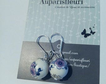 Silver earrings and beads