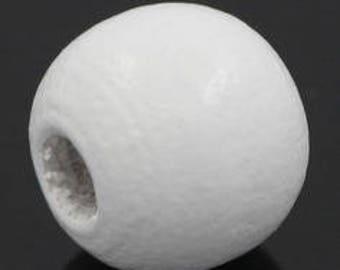 set of 30 beads 10mm white wood