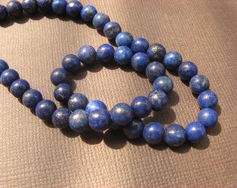 Lapis lazuli: 8 round beads 6 mm