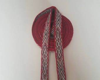 Galon cards,  fine wool, sold to 4 inch length. 0,86 inch wide.