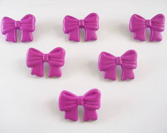 LOT 6 buttons: 19mm purple bow