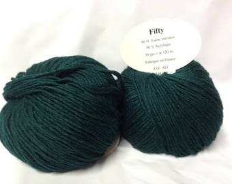 knit wool / 50% Merino Wool 10 balls / 821 dark Emerald / made in FRANCE