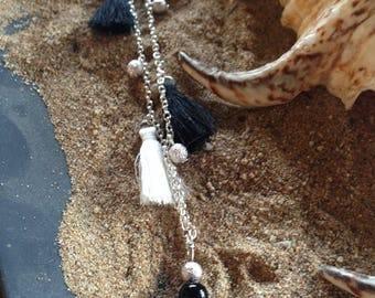 Necklace fancy black and white PomPoms