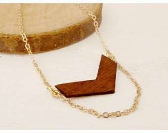 Geometric wooden necklace and gold-plated brass