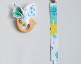 All pacifier attached fabric and wooden teething ring