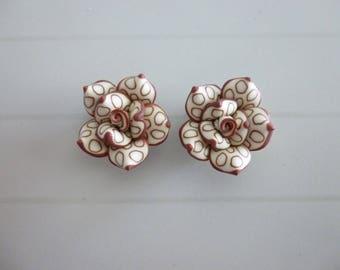 Set of 2 pierced Fimo flower beads