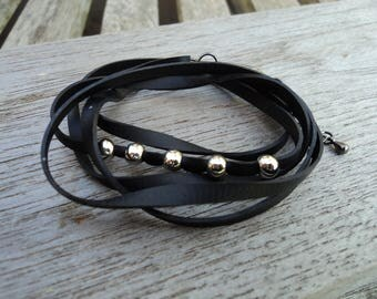 Bracelet in inner tube and beads silver metal - MULTISTRAND - Charm Bracelet - vegan leather strap Bracelet.
