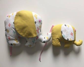 Duo of Mama elephant and baby elephant plush