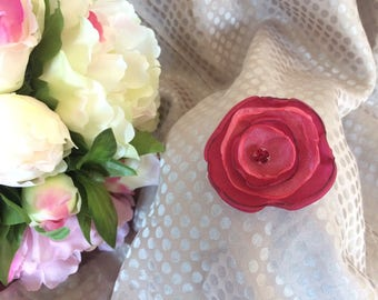 Flower 5 cm in Burgundy satin and organza rose with Rhinestones