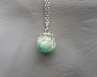 Necklace 77 cm + pendant sphere 1.8 cm in resin and dried flower