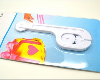 Cake - special pastry tool