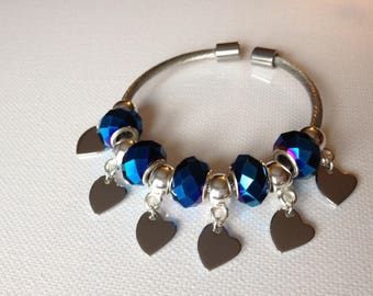 """Bracelet """"ode to love"""" Lampwork beads and heart charms"""