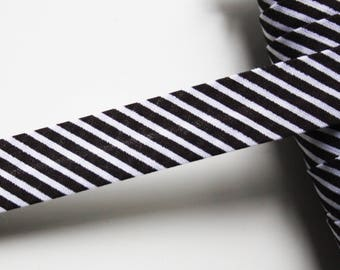 Black and white bias stripes pré-plissée 18 mm, universal cotton bias