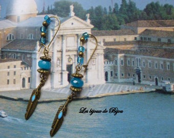 Chic earrings silver and turquoise agate bead and bronze metal