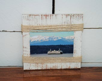 Twine Picture Holder