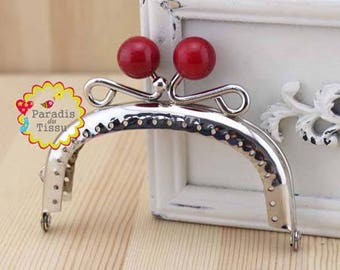 1 x 8.5 cm H C62 red resin Pearl ring with fancy bag clasp