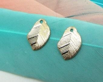 Set of 2 wavy leaf charms Golden Metal - 10 mm