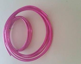 Fucshia aluminum wire