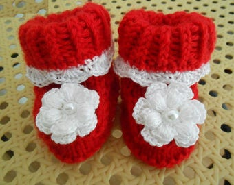 red slippers 0 months old baby, hand knitted, birth gift