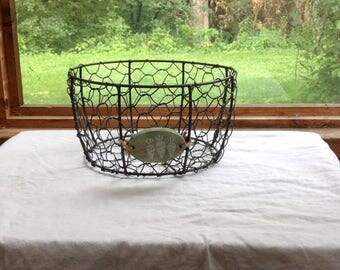 Chicken wire carrot basket perfect vintage farmhouse style