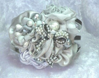 Gray bow and Pearl bridal Cuff Bracelet