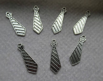 METALIC charms pendants 2.9 cm silver metal charms set of 10 jewelry for beautiful jewelry creations