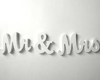 Mr and Mrs Wedding signs Mr&Mrs wedding top table or sweetheart table decoration wedding signs black wedding signs