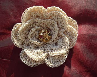 beautiful brooch made of natural crochet cotton
