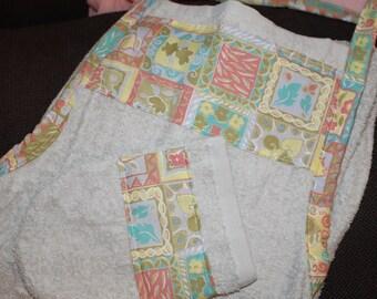 Large apron sponge to wipe baby gray