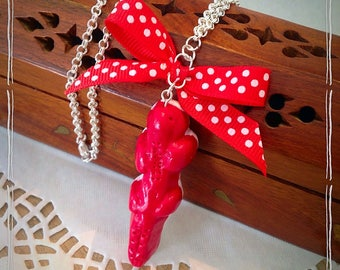 Strawberry candy taste red crocodile Necklace: