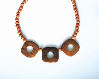 The Choker necklace with square Bayong wood