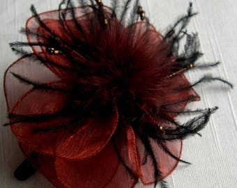 Brown organza flower hair clip, feathers and pearls - clip crocodile