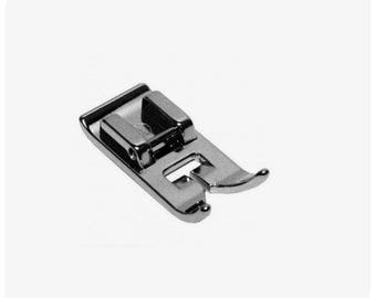 Presser foot standard, universal for sewing machine Bernette, Brother, Janome, Toyota, Singer, Celia, Ikea bluesky