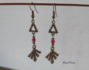 Pair of earrings, bronze, modern leaf and triangle, marbled Red
