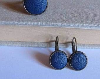 Set earrings sleeper, blue leather ring