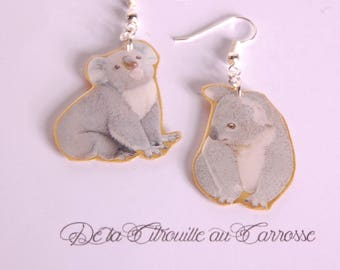 Earrings print asymmetrical koala