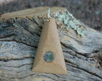 Pendant made of beech wood and mother of Pearl