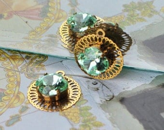 Spacer charms Golden Brass filigree square swarovski chrysolite Green